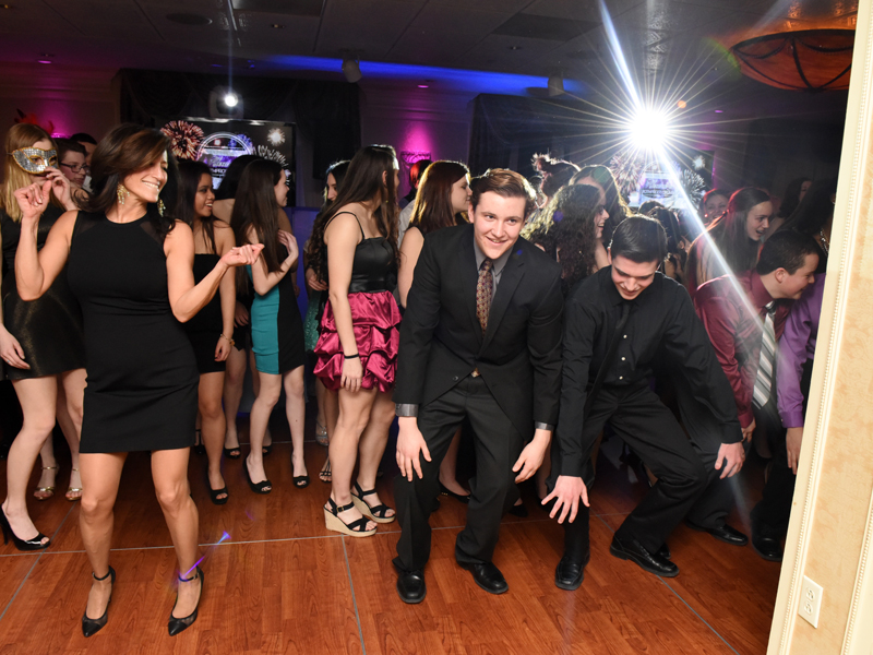 New-Jersey-Sweet-Sixteen-DJ-Quinceanera-North-Jersey-DJ-800-600-3